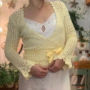 NWT identity Paris yellow crochet wrap long sleeve